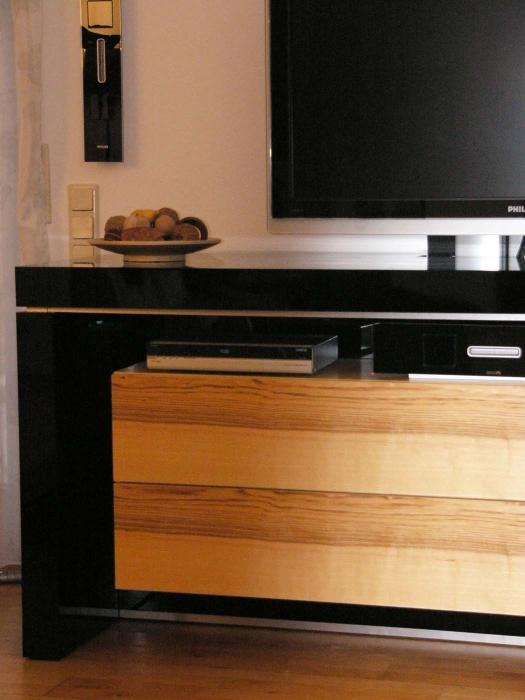 TV Lift Sideboard ausschnitt